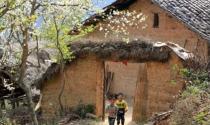 """Độc đáo ngôi nhà """"Đông ấm – Hè mát"""" trên cao nguyên đá Đồng Văn"""