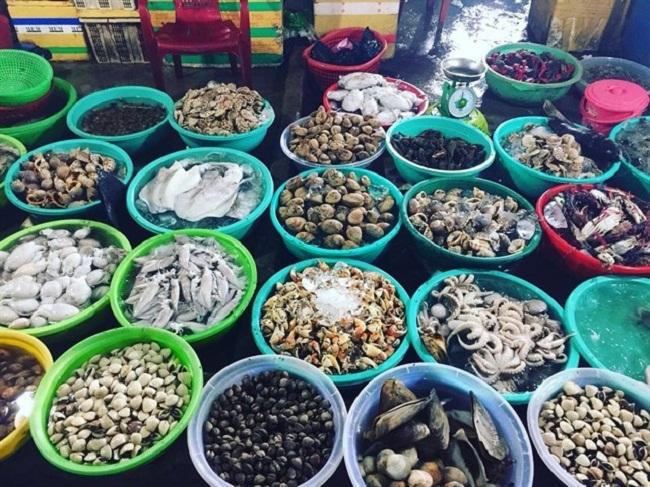 Hải sản tại Hàm Ninh