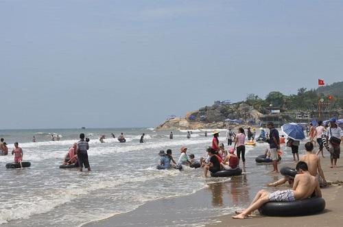 Bãi tắm biển Hải Hòa