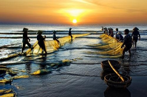 Bình minh trên biển Hải Hòa